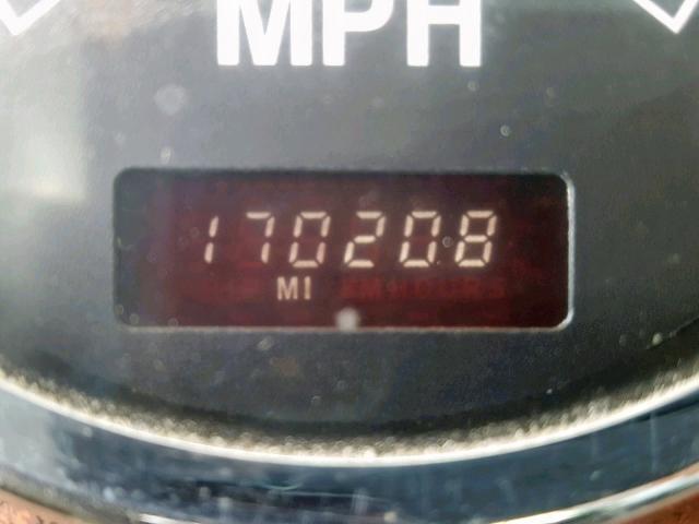 1HTTGAHT8YJ004464 - 2000 INTERNATIONAL PAYSTAR F5 WHITE photo 8