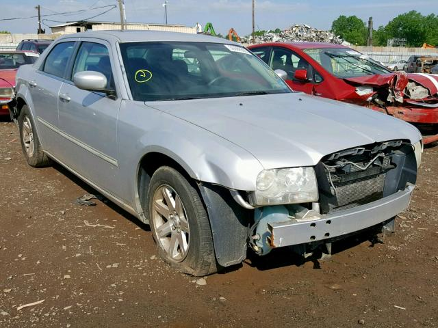 2006 CHRYSLER 300 TOURIN,
