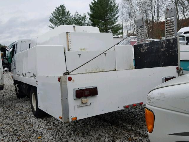 KMFHB47A2YC119153 - 2000 BERING LD15A WHITE photo 3