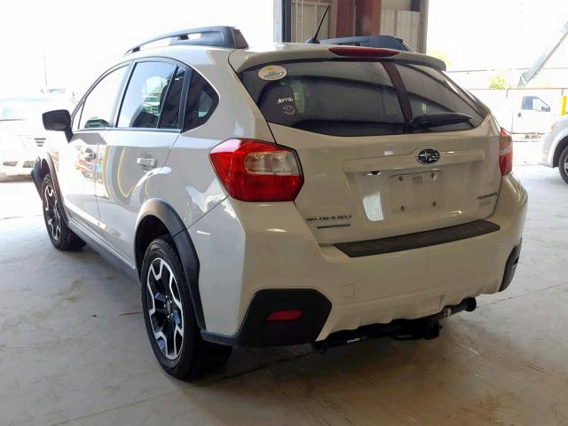 JF2GPABC2H9216058 - 2017 SUBARU CROSSTREK WHITE photo 3