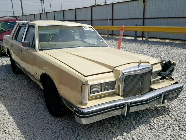 1984 LINCOLN TOWN CAR,