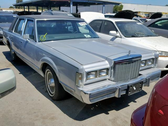 1985 LINCOLN TOWN CAR,