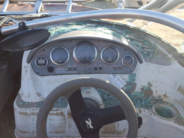 SERV5282D404 - 2004 SEAR MARINE LOT RED photo 8