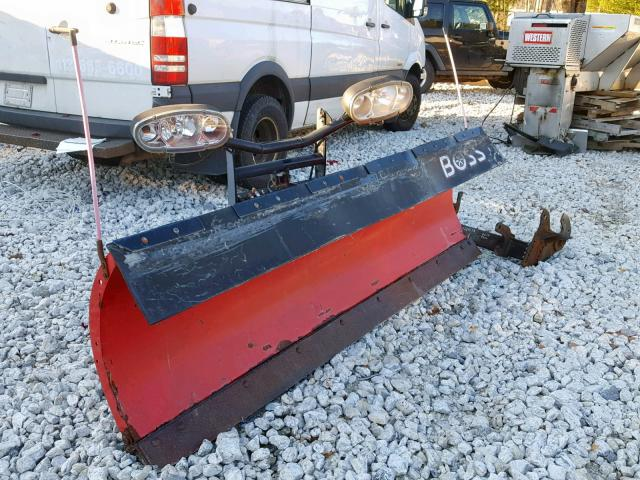 BC030304 - 2012 BOSS PLOW RED photo 1