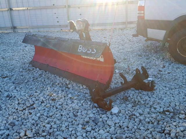 BC030304 - 2012 BOSS PLOW RED photo 2