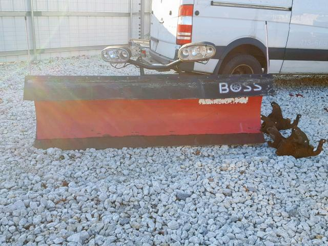BC030304 - 2012 BOSS PLOW RED photo 5