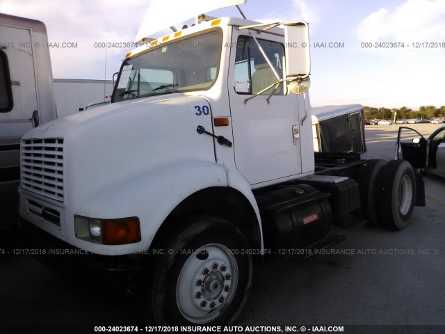 1HSHBATN52H515775 - 2002 INTERNATIONAL 8000 8100 WHITE photo 2